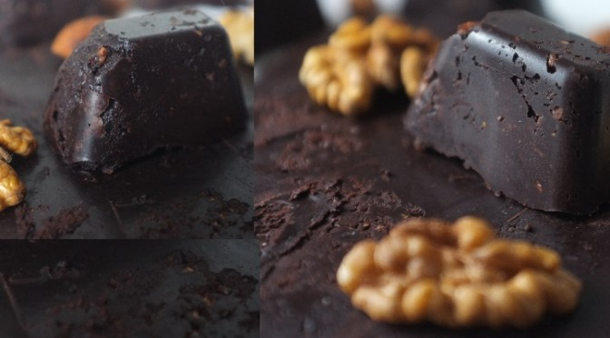 Rețetă Ciocolată Neagră De Casă Din Roșcovă Și Cacao