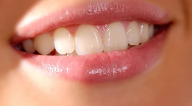 Remedii naturiste pentru durerile de dinți